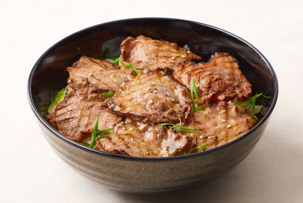 岡崎イオンオープンラッシュ!11月17日(金)に岡崎イオンの3階フードコートにオープンする《ミートエクスプレス》とは?《柿安(カキヤス)》ブランドだった!ローストビーフ丼や牛肉しぐれ煮丼や牛カツ丼。こだわりのお肉が気軽に楽しめる丼メニューがウリ!気になるメニューやカロリーは?