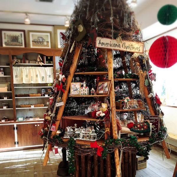 カントリークリスマスのおしゃれなツリー