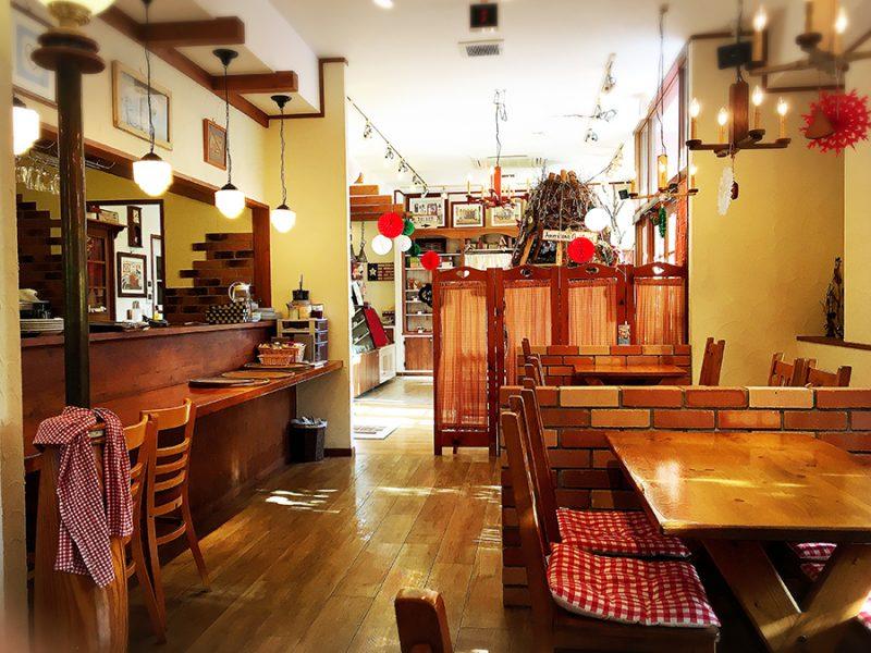岡崎市のケーキ屋さんカントリークリスマスのイートインスペース