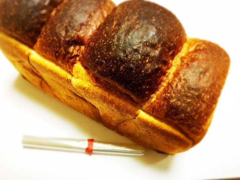 パンのトラの食パン